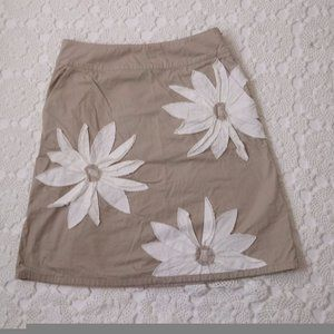 Boden 12 Tan Floral Skirt Above Knee Applique Tan